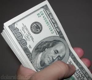 Dolar a 1600 pesos colombianos
