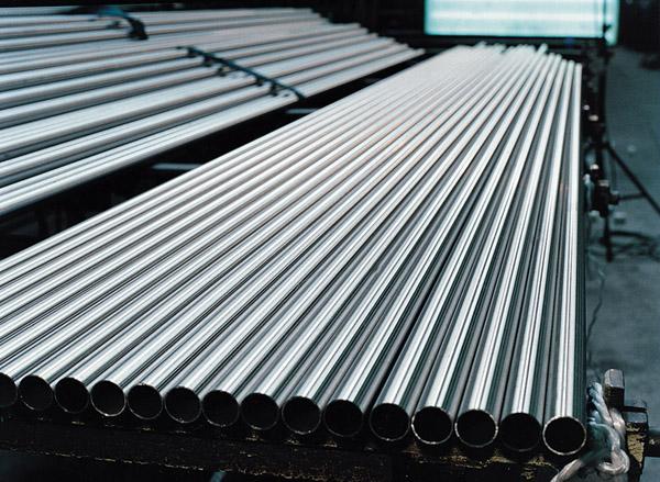 El aluminio dolar for Materiales para toldos de aluminio
